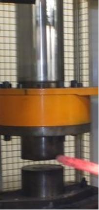 Presse hydraulique de 100 Tonnes